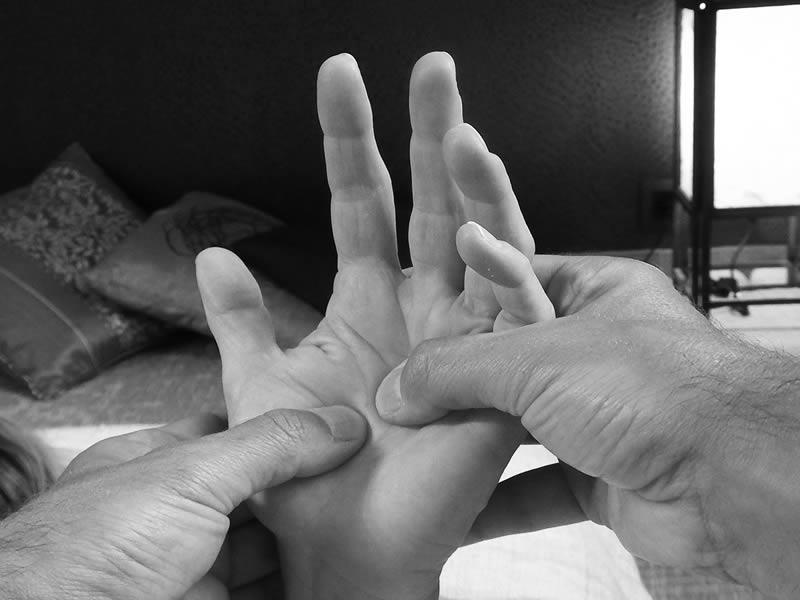 Shiatsu pression des doigts