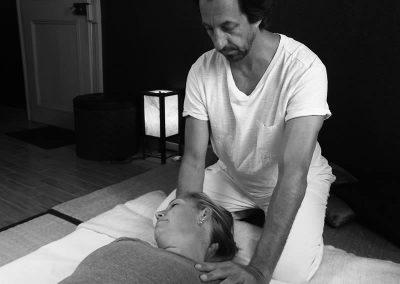 Étirement de la nuque - Massage Shiatsu
